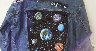 "Handgemalte Vintage Jeansjacke ""Keepin it cosmic"" – Customized & Oversized"