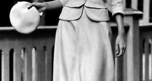 retro ∞ fashion vintage les années 40s - I948 robe tailleur et béret tailo...